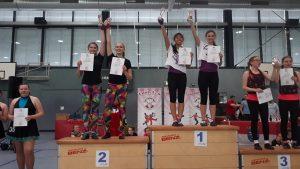 Veronika und Mai Ly 1. Platz, Lena und Maike 2. Platz